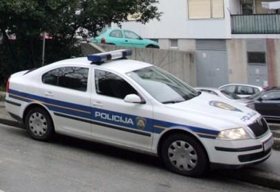 policijski-auto